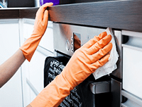 Cleaner Wiping Oven